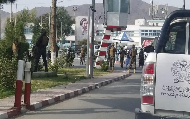 pasukan-khusus-taliban-badri-313-di-bandara-kabul.jpg